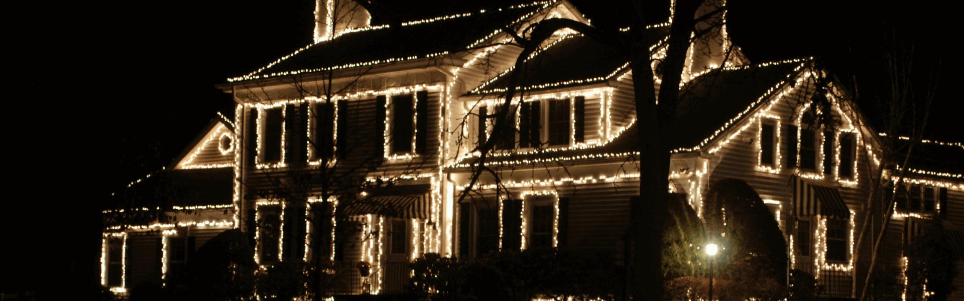 Christmas Lights Boise.Hiring Someone Else To Install Your Christmas Lights